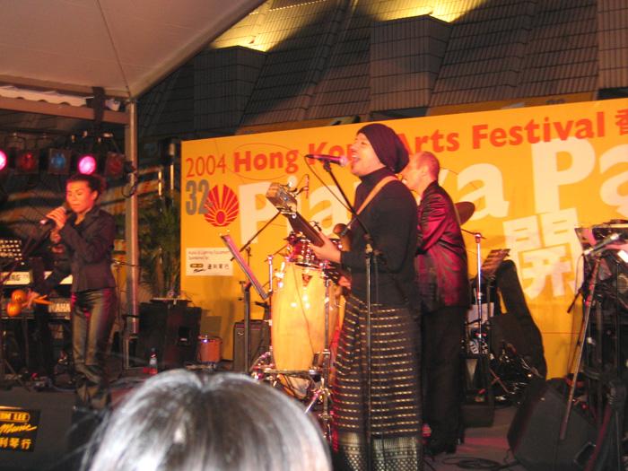香港アートフェスティバル2004