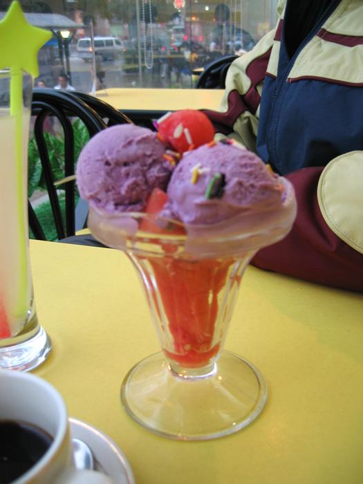 タロイモアイスとスイカのパフェ