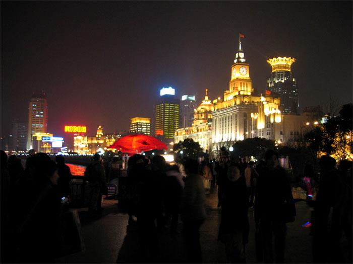 黄浦江沿いの建物